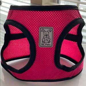 NWOT RC Pet Dog Harness Medium Raspberry